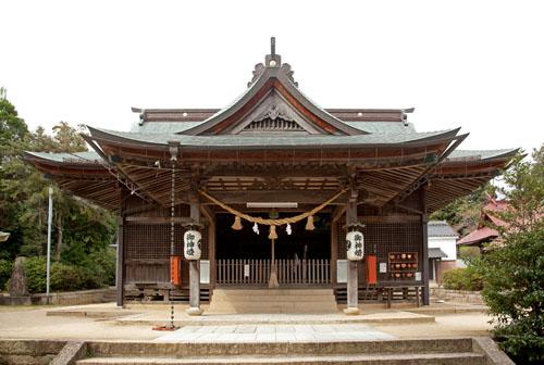北方八幡宮拝殿